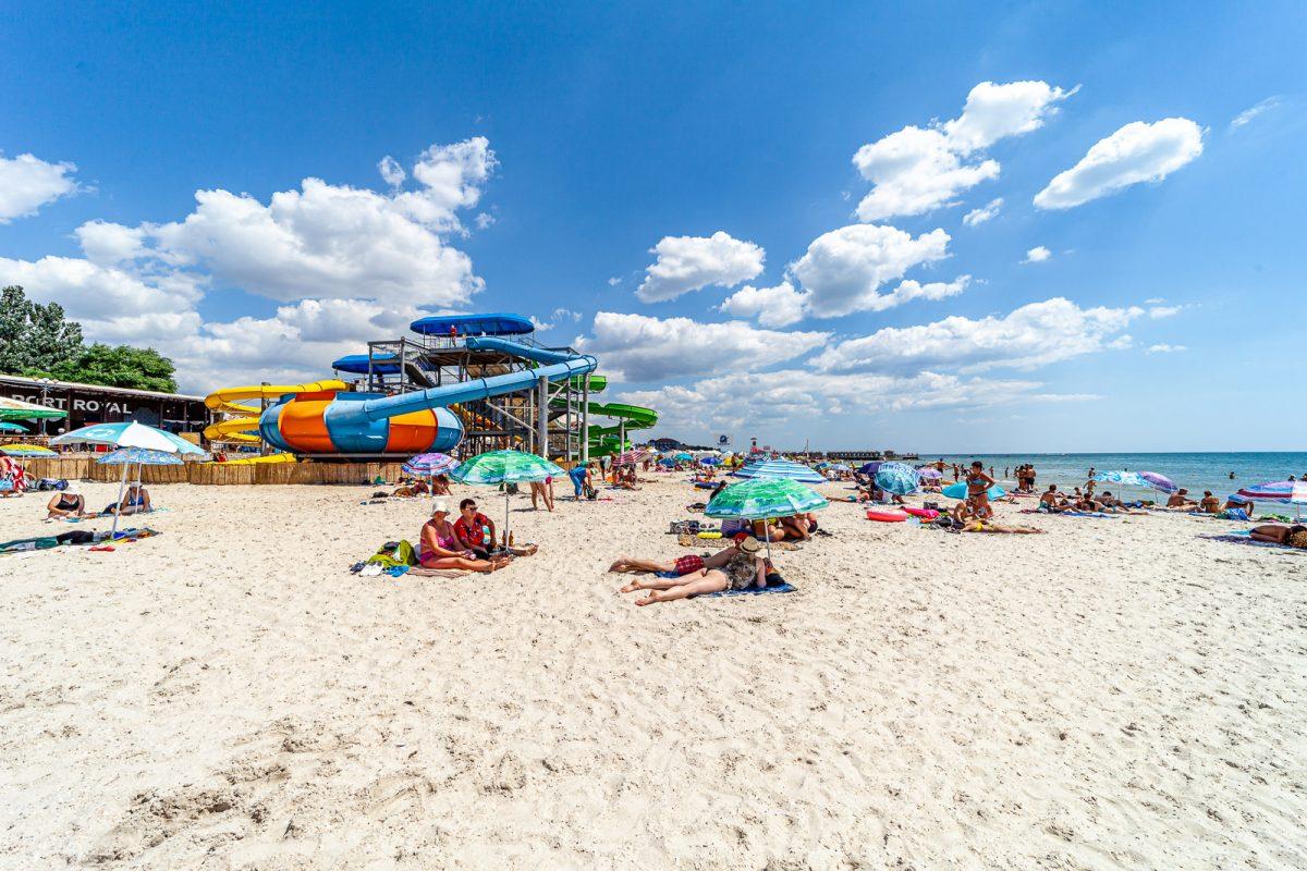 Аквапарк на пляже